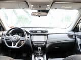 2020款 奇骏  2.5L CVT七座豪华领航版 4WD